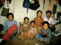 Deze enkele vierkante meters was hun slaapkamer, hun living, hun badkamer en hun keuken.